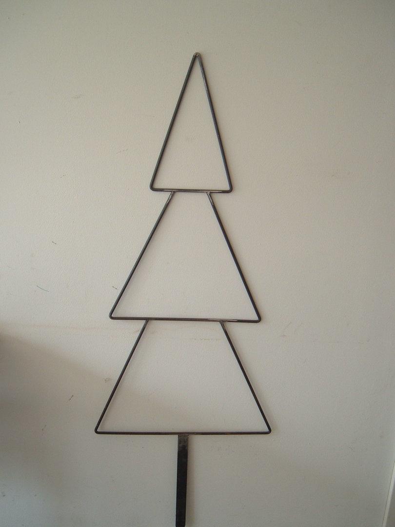 Weihnachtsdeko Aus Metall.Weihnachtsbaum Tannenbaum Aus Metall Für Den Garten Weihnachtsdeko Gartenstecker
