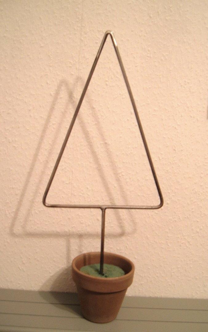 weihnachtsbaum aus metall inkl topf tannenbaum weihnachtsdeko tischdeko ohner dorfschmiede lamann. Black Bedroom Furniture Sets. Home Design Ideas