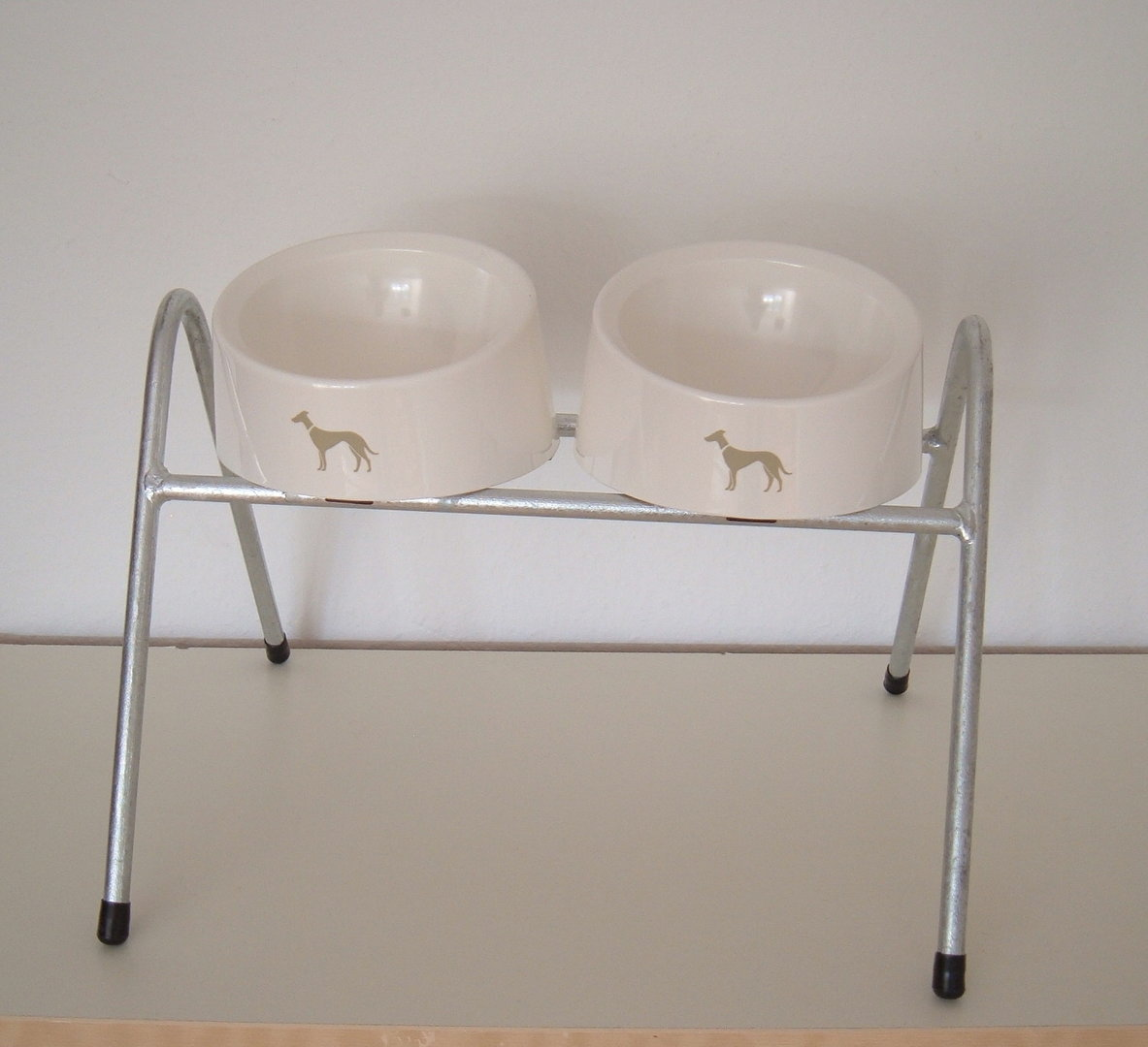 Feedable hot galvanized for dogs including 2 Hunter Melamin Bowls for medium sized dogs