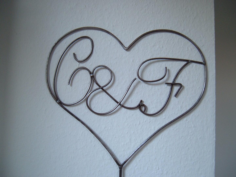 herz mit initialen buchstaben nach wunsch liebe verlobung hochzeit aus metall ohner. Black Bedroom Furniture Sets. Home Design Ideas