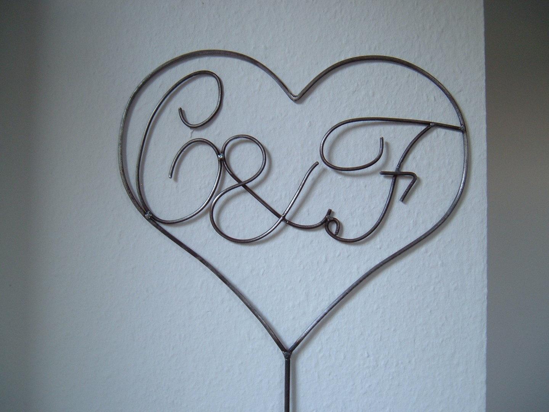 herz mit initialen buchstaben nach wunsch liebe. Black Bedroom Furniture Sets. Home Design Ideas