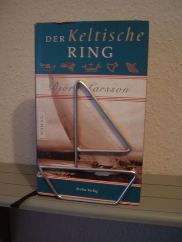 Letter boat book holder made of metal holder for CD and DVD
