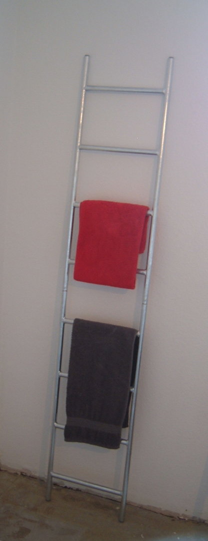 deko leiter leiter feuerverzinkt sehr stabil aus metall pflanzenleiter blumenleiter. Black Bedroom Furniture Sets. Home Design Ideas