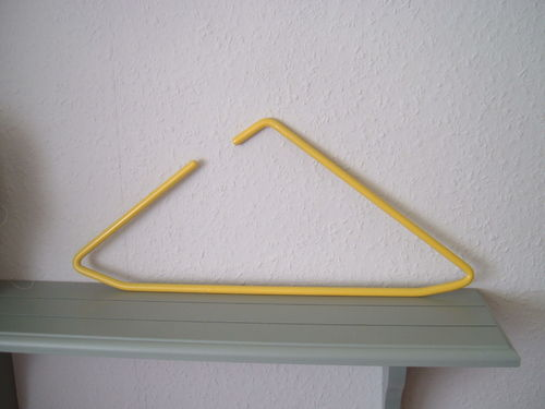 Hangers yellow modern design triangel