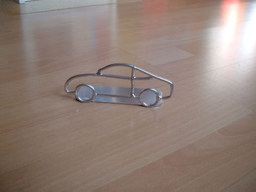 Letter Car Car Bookrest made of metal holder for CD and DVD
