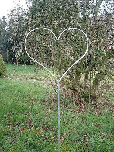 Heart made of flat iron with rod - galvanized garden plug